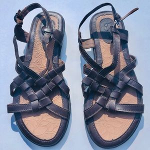 Brown B.O.C. Sandals Size 7W, GUC